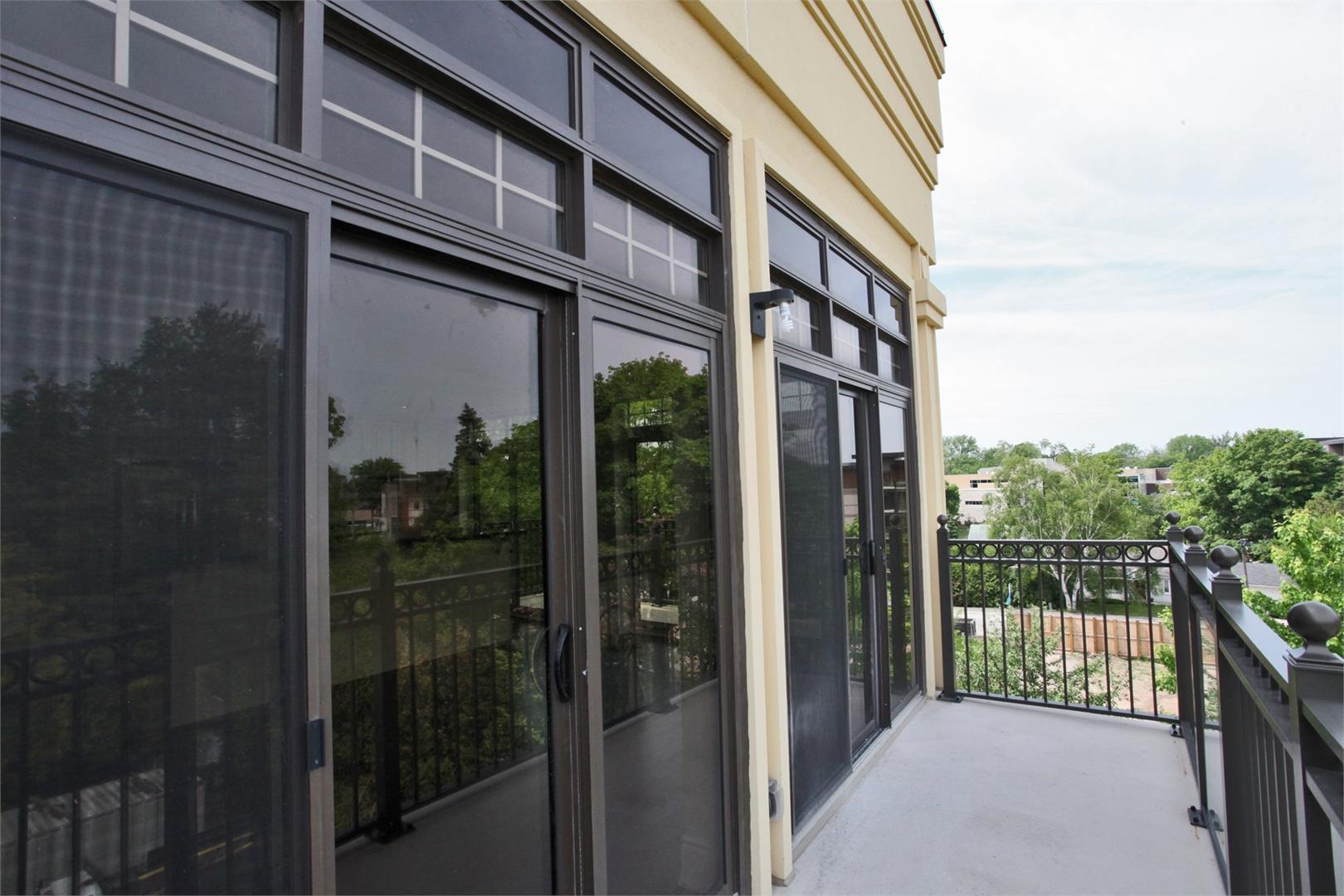 Windermere Manor Condos Balcony, Oakville