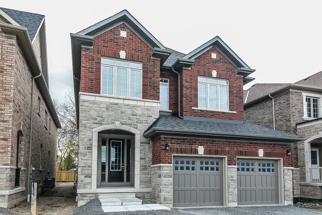 Palmerston-Whitby Single Family Home By GMG Builders